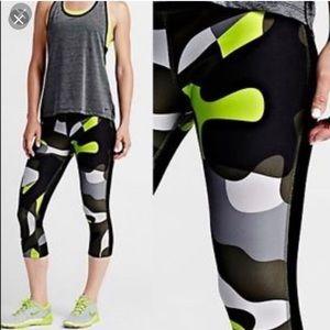 Nike Legend 2.0 Camo Training Tights size L